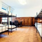 12-bed-room