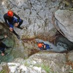 hen-canyoning