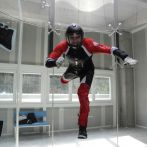 indoor-skydiving-hen